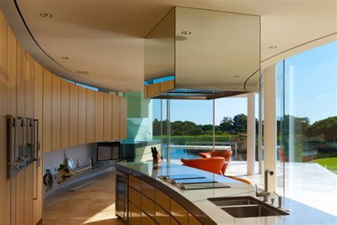 posh portuguese residence with beautiful lake views