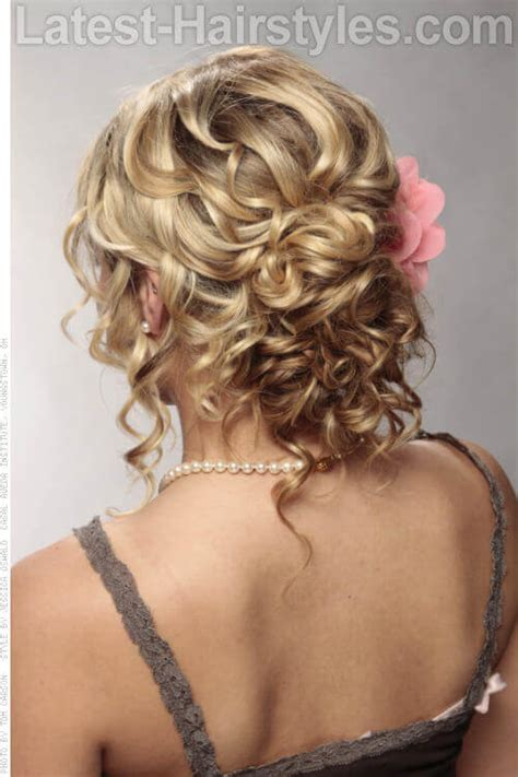Wedding Hairstyles Updos With Curls by 32 Easy Updos For Hair You To See For 2018