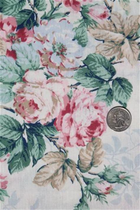 cabbage roses rose floral print vintage fabric lot