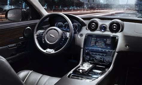 New Car Upholstery by New 2010 Jaguar Xj Officialy Revealed Details Photos And