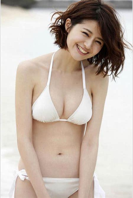 JapaneseThumbs AV Idol Chinami Suzuki 鈴木ちなみ Photo Gallery 3