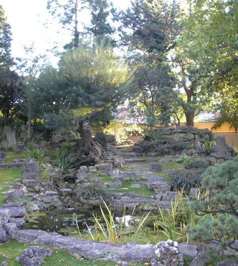 Japanischer Garten Schönbrunn file japanischer garten schoenbrunn vienna 2007 jpg