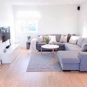 25 best ideas about simple living room on pinterest for Simple apartment living room decorating ideas