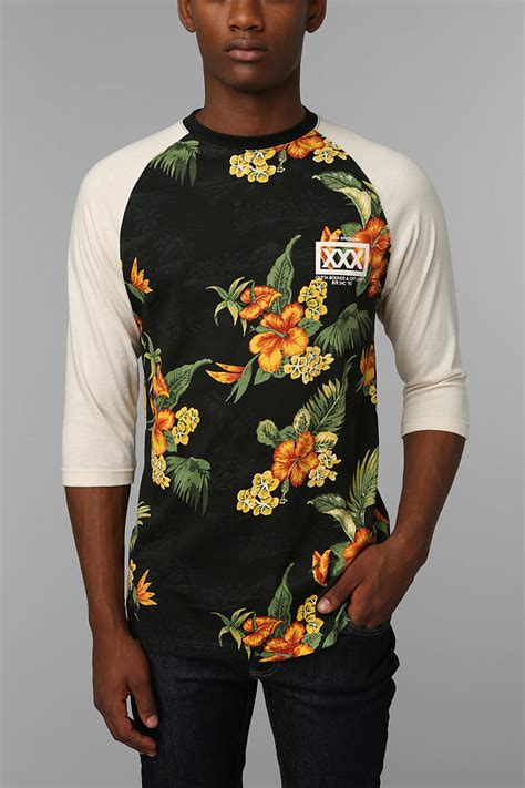 Urban outfitters 10deep Bullpen Raglan Tee in Black for Men | Lyst