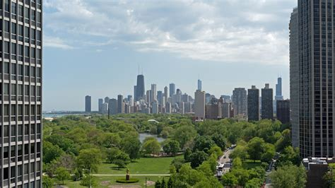 Apartment Finder Chicago Suburbs by Lies Chicago Rental Services Tell Apartment Listings