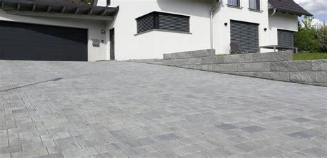 Pflastersteine Einfahrt Modern by Einfahrt Gestalten Leicht Gemacht Zillinger Bauzentrum