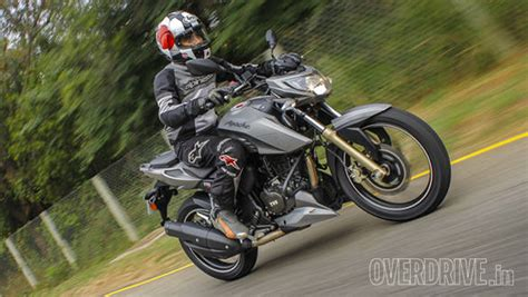 Tvs Apache Rtr 200 4v Backgrounds 2016 tvs apache rtr 200 4v ride review overdrive