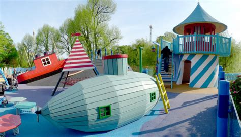 puppy preschool creative playground design 785 | monstrum sea side playground