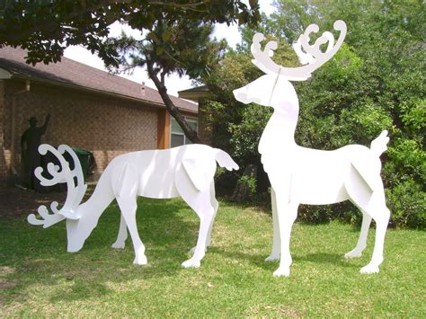 christmas holiday yard art santa sleigh reindeer