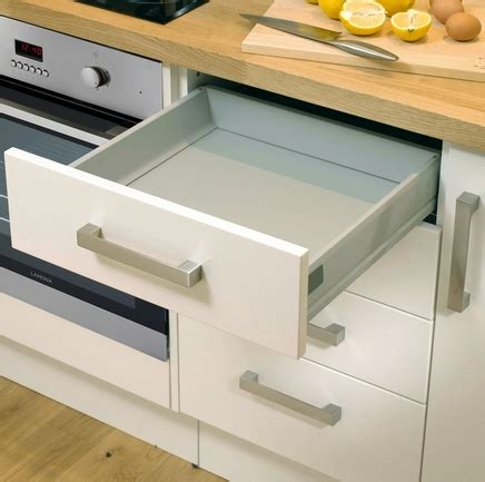 kitchen cabinet joinery upgrade draw system howdens joinery 2570