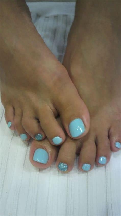 pin  larissa schultz  nails blue toe nails toe nail