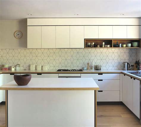 Geometric Tiled Splashback, White Kitchen, Timber Details