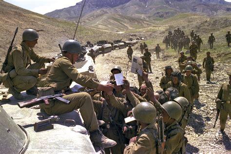 years  russia views afghan war  pride
