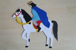 Schimmel Im Kinderzimmer : fensterschmuck fensterbild pferd schimmel mit prinz ~ A.2002-acura-tl-radio.info Haus und Dekorationen