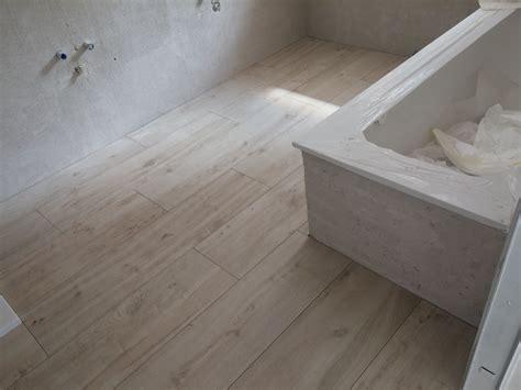 finto legno per pavimenti pavimento effetto legno bagno kj94 187 regardsdefemmes