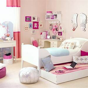 Sabaia styles girls bedroom decorating ideas for Decorating girl room ideas