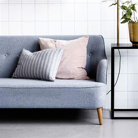 comment nettoyer un canape en tissu conseils comment nettoyer un canapé en tissu et enlever
