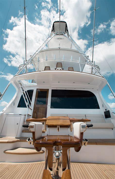 gt convertible sportfishing yacht hatteras yachts