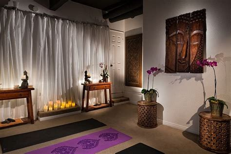 25 Serenely Beautiful Meditation Rooms
