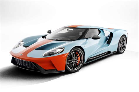 Ford Pays Tribute To Le Mans Winning Ford Gt40 With