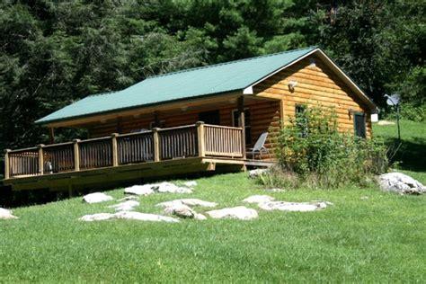 pet friendly cabins gatlinburg pet friendly cabins in the u s glinghub