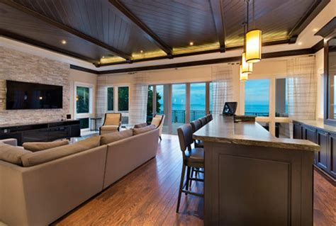 lebron james  contract  sell miami mansion