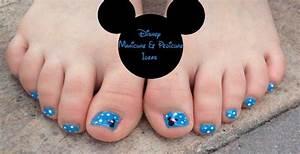 Disney Nails - Mommy Travels