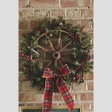 485 Best Couronne Images On Pinterest  Holiday Wreaths, Merry Christmas And Christmas Crafts