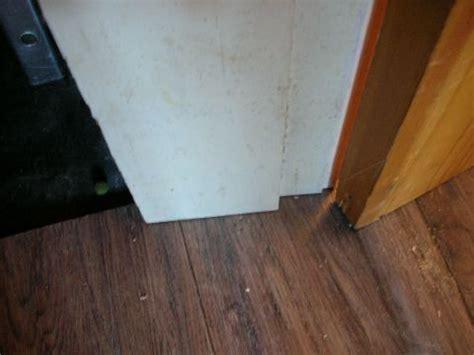 Working Around Door Frames   Laminate floor fitting