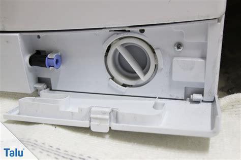 flusensieb waschmaschine flusensieb der waschmaschine reinigen hilfe wenn es klemmt talu de
