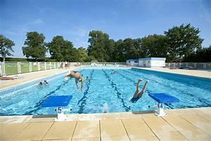 Tarif Piscine Enterrée : sports equipements piscine municipale plongez c 39 est ~ Premium-room.com Idées de Décoration