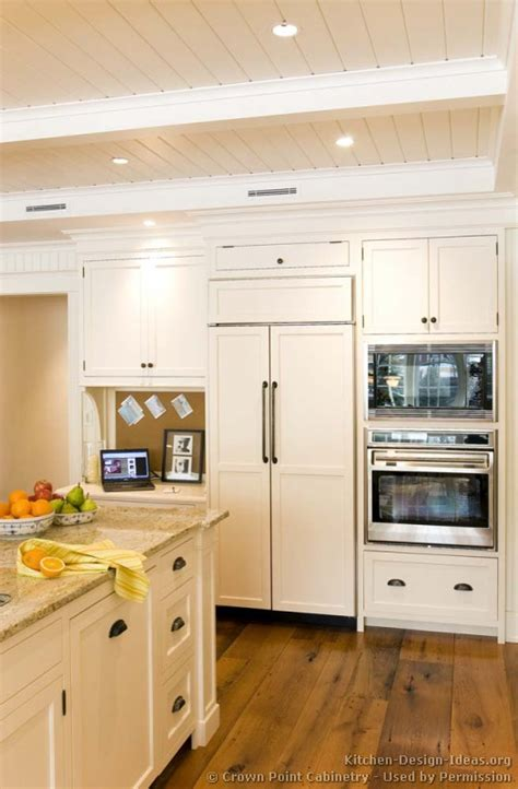 traditional kitchens with white cabinets pictures of kitchens traditional white kitchen 8580