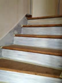 Peindre Un Escalier Deja Vernis by Comment Peindre Un Escalier En Bois Bricobistro