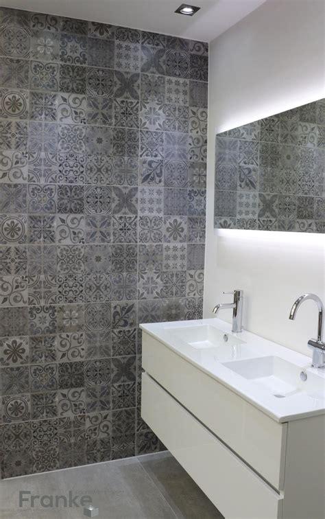 Badezimmer Fliesen betonlook mit ornamenten betonlook badezimmer beton