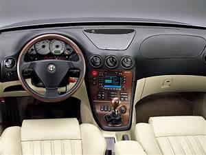 Alfa Romeo 166 Specs  U0026 Photos