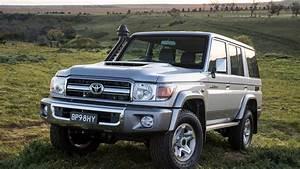 2017 - Review - Toyota Landcruiser 70 Series