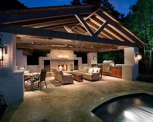 pool house with outdoor kitchen farm house ideas With pool and outdoor kitchen designs