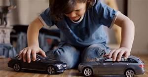 Voiture Qui Ne Démarre Pas : mercedes cr e des voitures miniatures qui ne peuvent pas se rentrer dedans ~ Gottalentnigeria.com Avis de Voitures