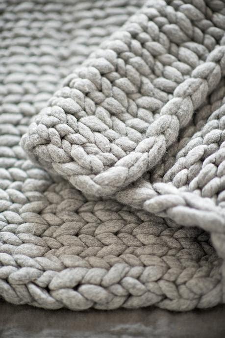 Eine Dicke Decke Aus Kammzug Stricken  Tipps, Tricks Und Maße