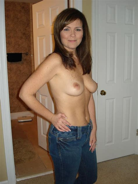 Adorable Topless In Jeans Luscious