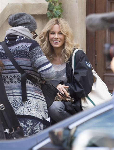 kate beckinsale  disappointments room set