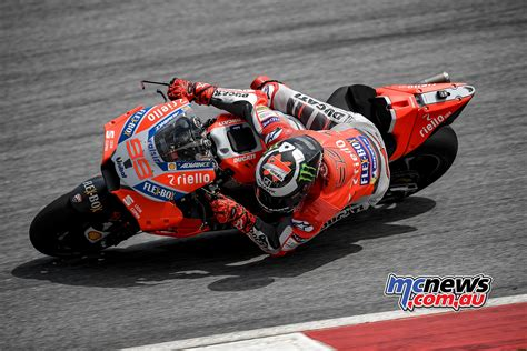 jorge lorenzo breaks sepang record to top test