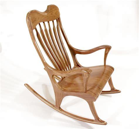 chaise bercante en bois détails de chaises et berçantes en bois maxime poisson