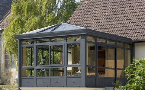 rideau fenetre cuisine réaliser une meilleure économie en chauffage grâce à une véranda vitrée maison et décoration