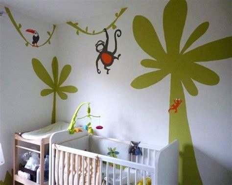 chambre bébé jungle davaus rideau chambre bebe thème jungle avec des