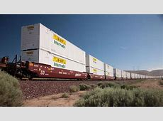 JB Hunt Transport Beats On The Bottom Line, But Stock