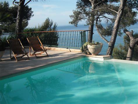 villa hotel brise marine site officiel carqueiranne les pieds dans l eau en m 233 diterran 233 e var