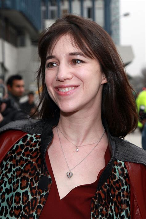 charlotte gainsbourg medium straight cut  bangs