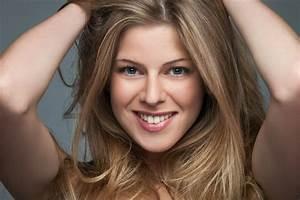 Haare Blondieren Natürlich : haare blond f rben dresdens friseur experte f r coloration ~ Frokenaadalensverden.com Haus und Dekorationen