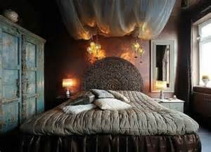 Romantic Gothic Bedroom Design